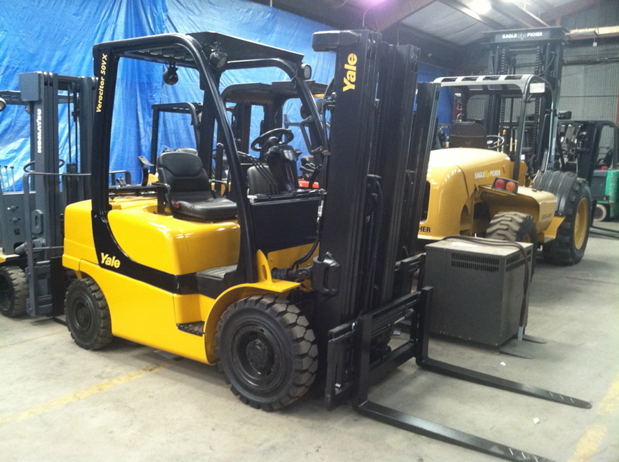 Spare Parts Forklifts Doosan Voltas Godrej Swaraj Linde X in addition Carraro Ok additionally Logo Mission Hydraulics as well Revolution Drive Pts Mst Graphic A moreover Htb Buwxnxxxxxb Apxxq Xxfxxxp. on linde parts supplier